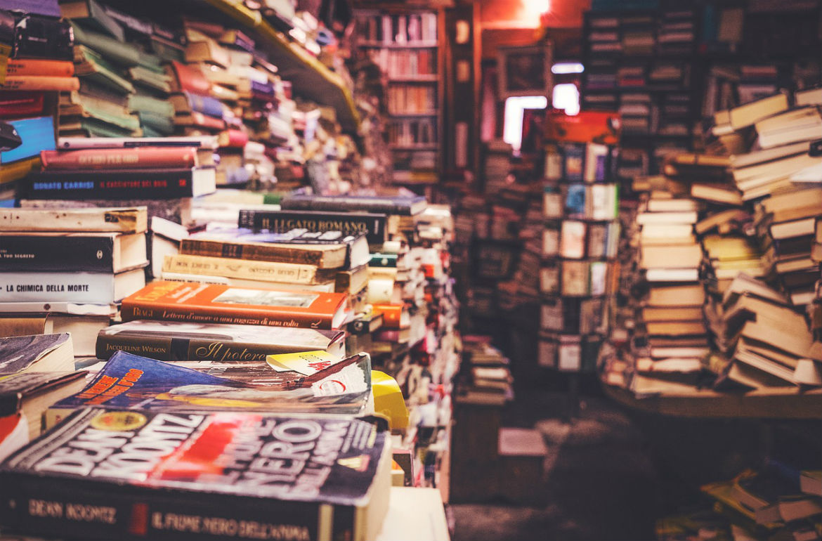 save money on text books here is how you can avoid the bookstore